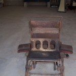Antique block making machine used to make block for main load bearing arches