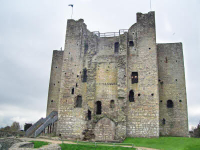 bruce county castle builder